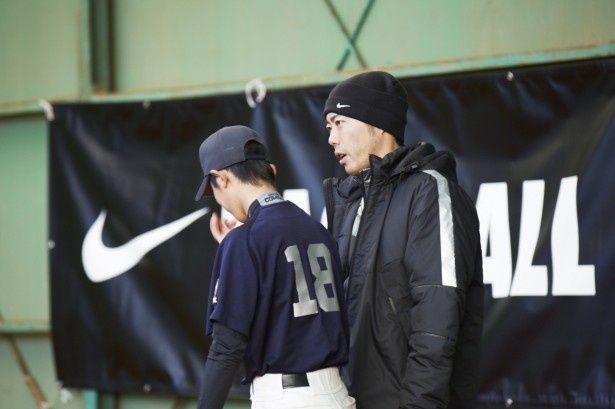 上原選手は「投球フォームは常にバランスを意識して」とアドバイス