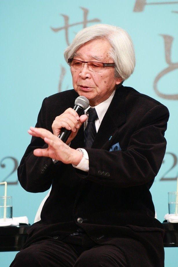 新作「母と暮せば」の製作発表記者会見に出席した山田洋次監督
