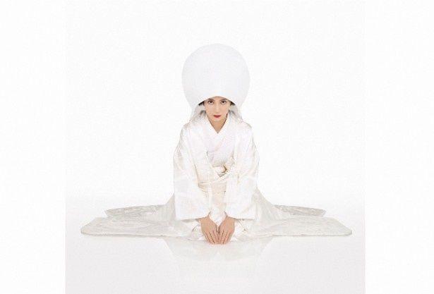 1月14日(水)スタートの「○○妻」(日本テレビ系)で柴咲コウがあでやかな白無垢姿を披露!連続ドラマは初主演