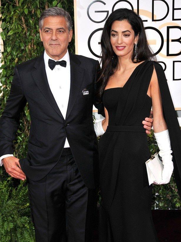 ジョージ・クルーニーの受賞スピーチ中におしゃべりに熱中してしまった妻アマル