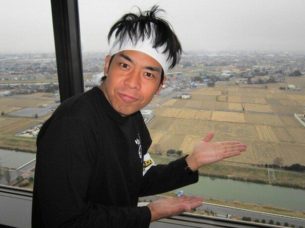 「特捜警察ジャンポリス」で、お笑い芸人・ギフト☆矢野が田んぼアートに挑戦する!