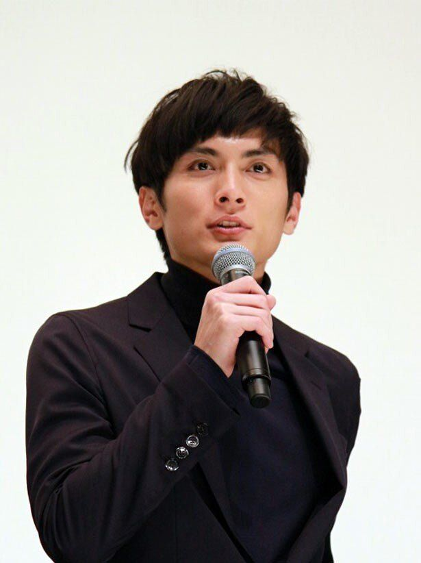 デビュー10年目の節目を迎えた高良健吾