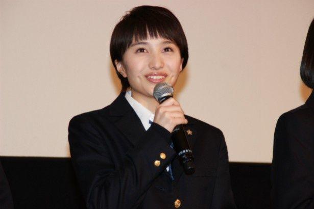 演劇部の部長・高橋さおり役の百田夏菜子