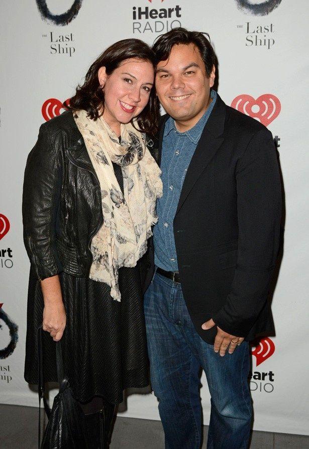 大ヒット曲「ありのままで」を作曲したロバート・ロペスとクリスティン=アンダーソン・ロペス夫妻