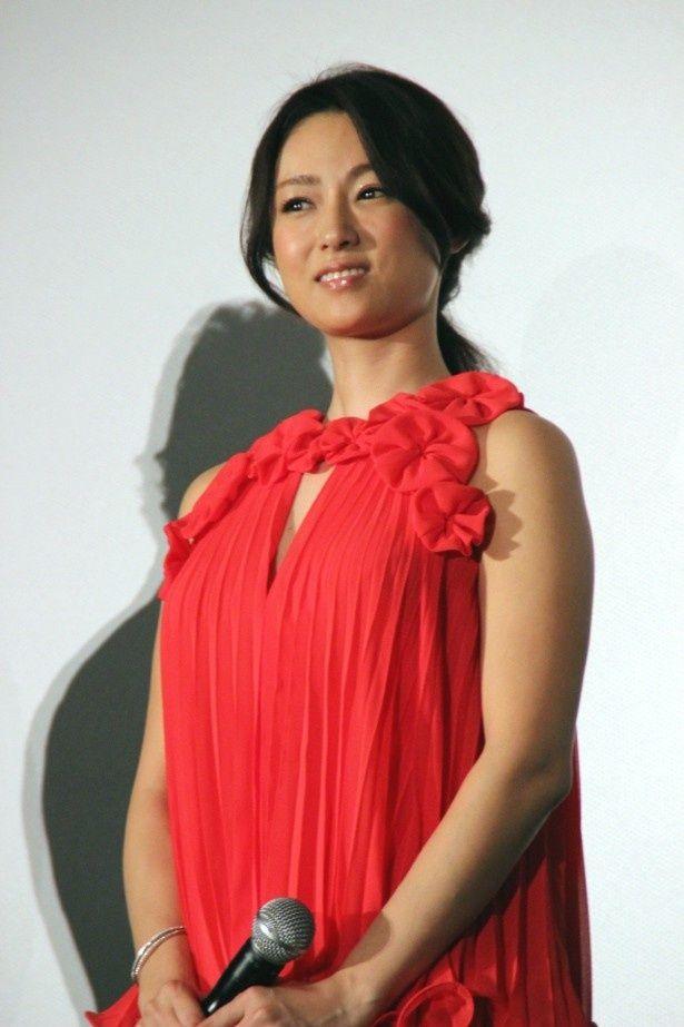 深田恭子、亀梨和也と『ジョーカー・ゲーム』で共演