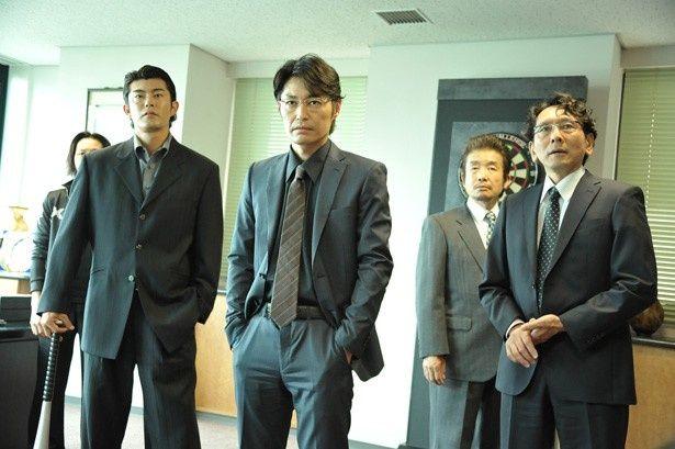 ヤスケンこと安田顕がチンピラ軍団のボスを演じる!