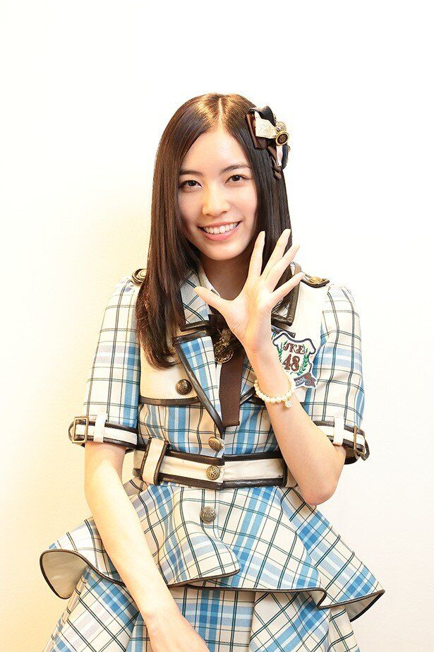 6年間の思い出を話す松井珠理奈の笑顔はまぶしい
