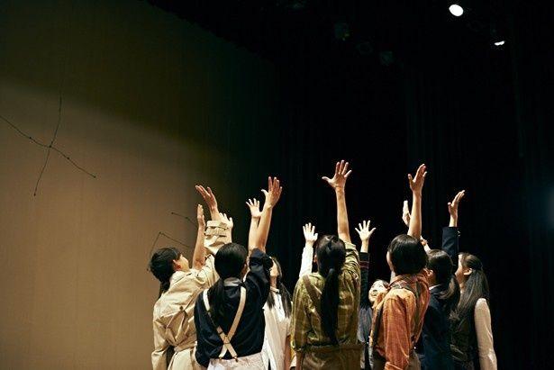 高校演劇全国大会を目指す弱小演劇部の葛藤と挑戦を描く