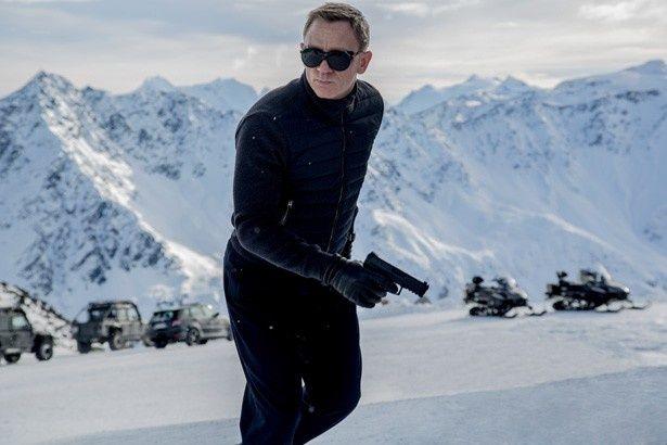 この雪山で活躍するボンドの姿が早く見たい!