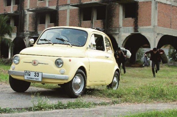 ルパンの愛車・FIAT500
