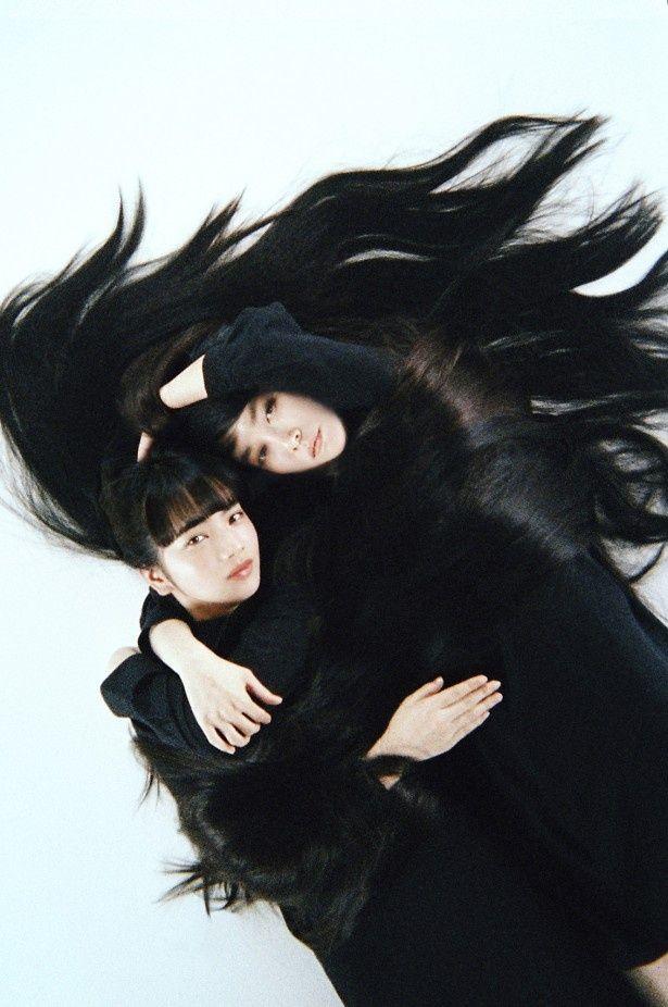 WOWOWの連続ドラマW「夢を与える」でW主演を果たす(写真左から)小松菜奈、菊地凛子