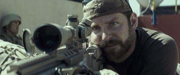 主人公クリス・カイルを演じたブラッドリー・クーパーは3年連続でアカデミー賞にノミネートされた