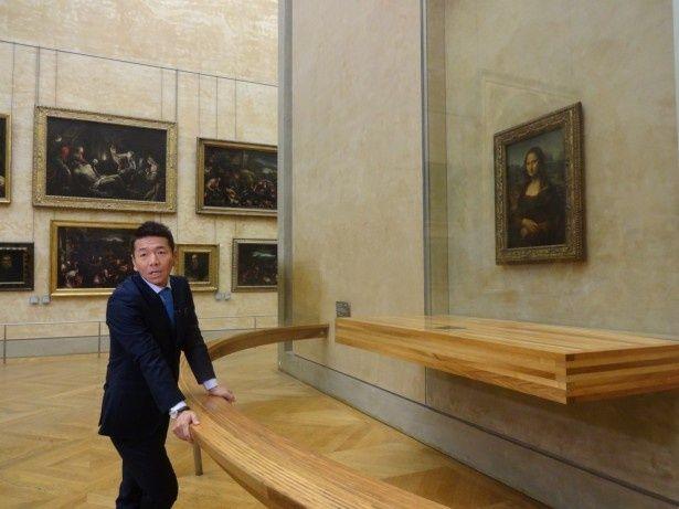 上田晋也はフランス・ルーヴル美術館で「モナ・リザ」と対面。その秘密に迫っていく