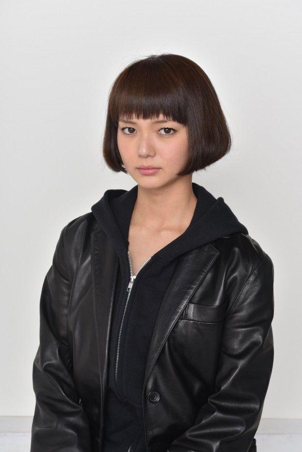 ドSな女刑事・黒井マヤを演じる、主演の多部未華子