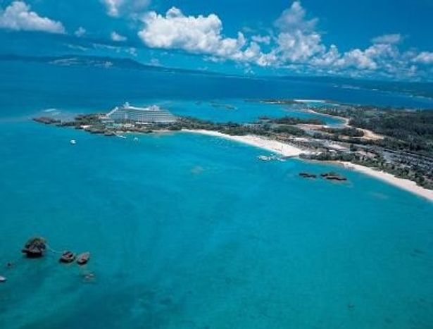 沖縄本島北部の万座毛を臨む「ANAインターコンチネンタル万座ビーチリゾート