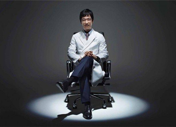 堺雅人が精神科医役を演じる「Dr.倫太郎」