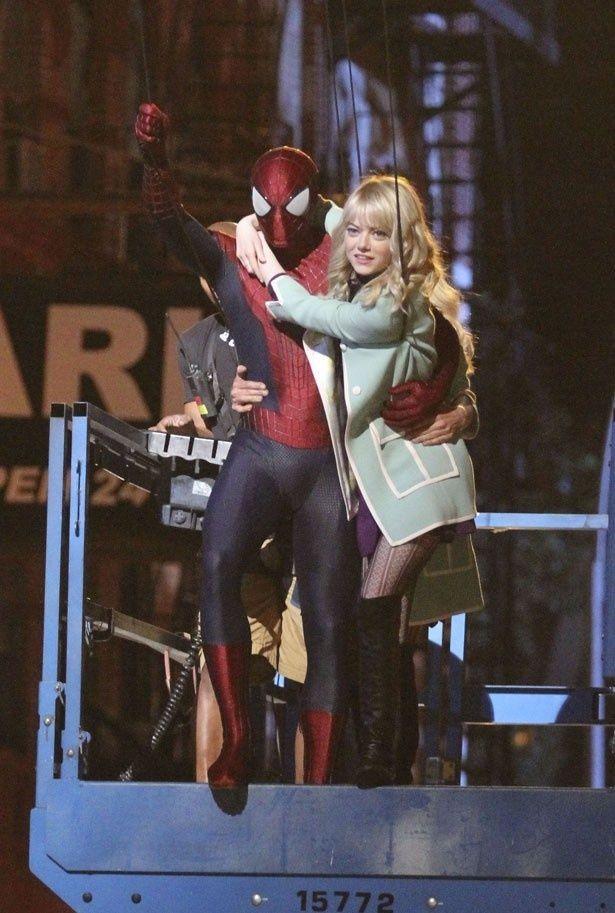 『アメイジング・スパイダーマン』カップルのエマ・ストーンとアンドリュー・ガーフィールド