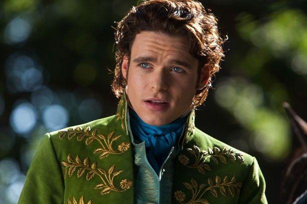 リチャード・マッデンが演じた王国の若き王子