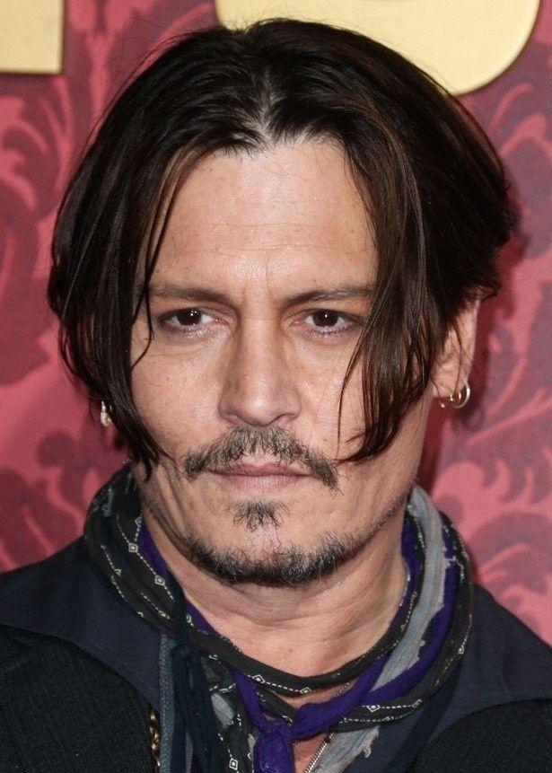 【写真を見る】最近、劣化がひどい51歳のジョニー・デップ