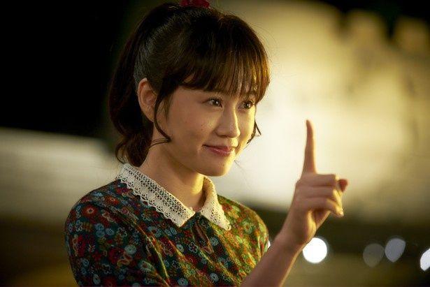 乾くるみの小説を映画化した 『イニシエーション・ラブ』で可愛らしいヒロインを演じた前田敦子