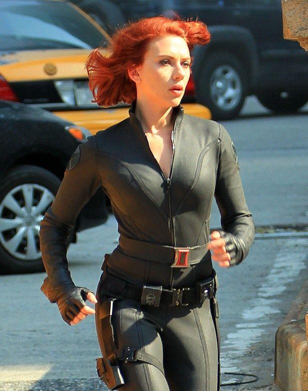 ヒーロー映画をテーマにした婦人服ブランド設立!ブラック・ウィドウをモチーフにした服も