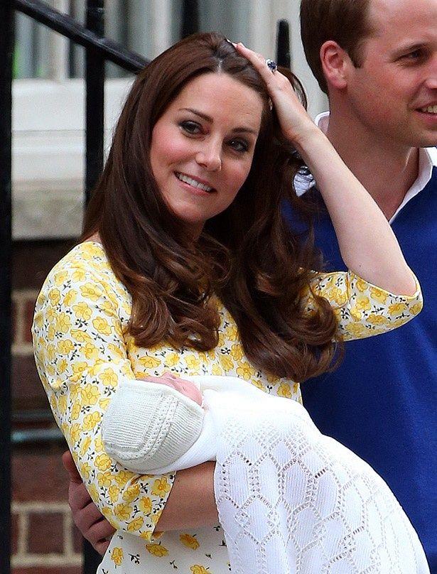 キャサリン妃効果で黄色いドレスの売上げが激増中!