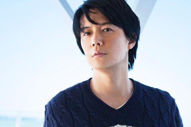 福山雅治が故郷・長崎の情景をつづった名曲「蜜柑色の夏休み 2015」が、『アリのままでいたい』の主題歌に決定!