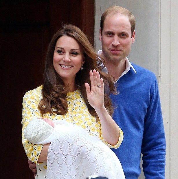 母キャロルが、産後のキャサリン妃を完全フォロー