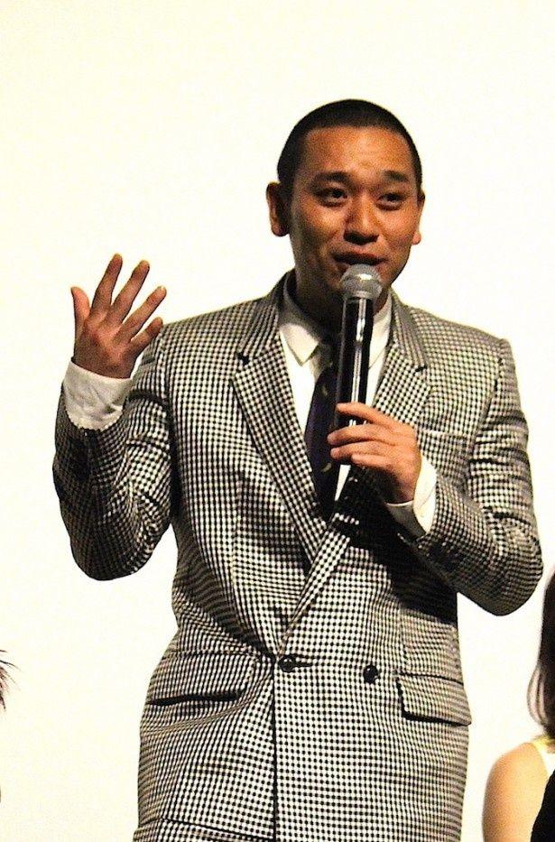 内田役を演じる大悟