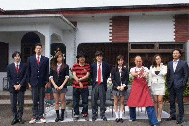 豪華キャスト勢揃い!撮影を行っている愛知県豊橋市で『映画 みんな!エスパーだよ!』 囲み取材が行われた