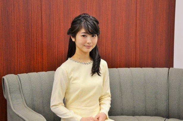 連続テレビ小説「まれ」の出演で注目を集める若手女優・浜辺美波。「まれ」の舞台にもなった石川県出身の14歳
