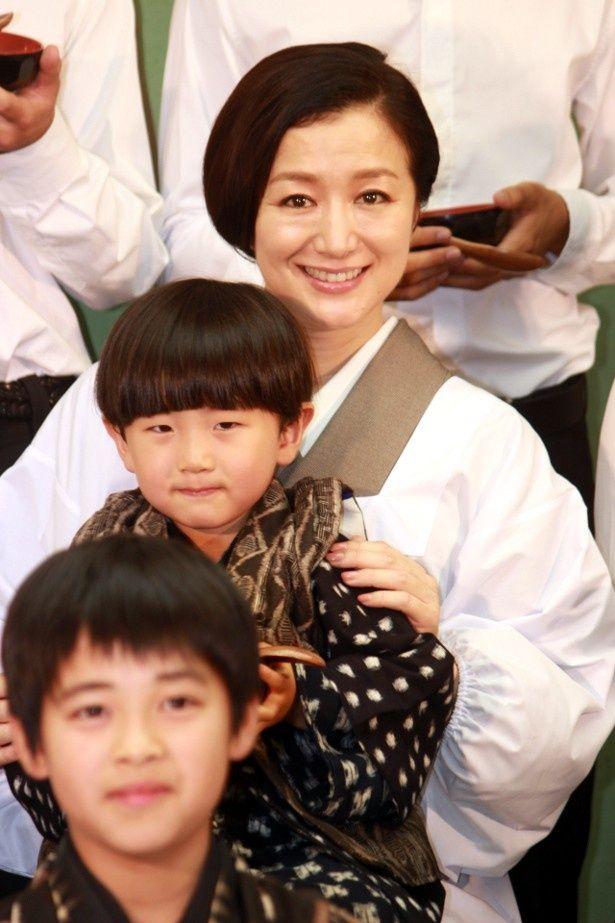 鈴木京香が子どもたちとの再会に感激