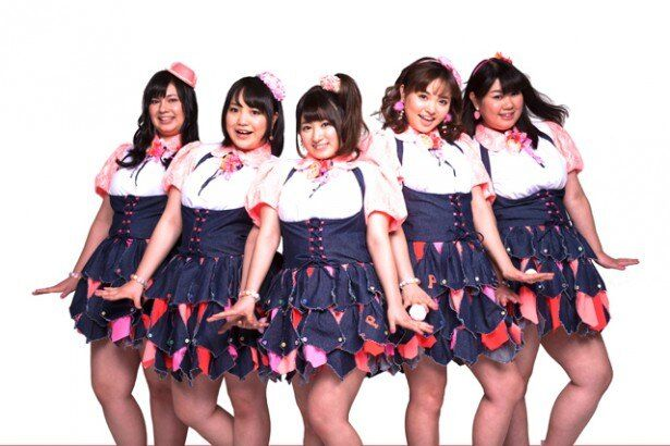 応募総数2141名の中から選ばれた5人組のアイドル、Pottya。叩き上げのエリートぽちゃカワ女子に注目だ