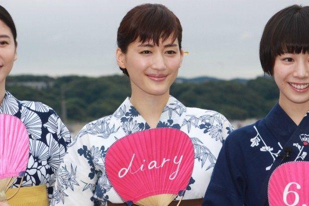長女・香田幸役の綾瀬はるか