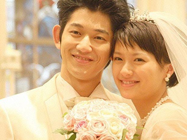 榮倉奈々×瑛太という旬なふたりが、深い愛を体現