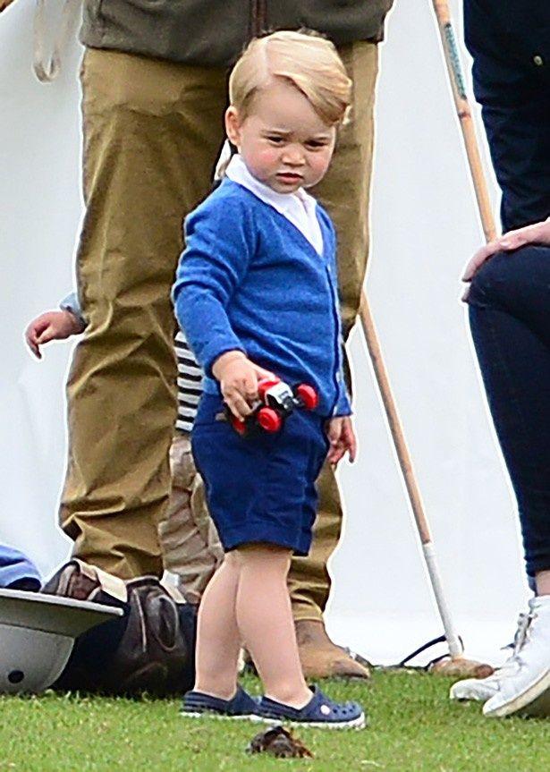 ジョージ王子のファッションがまたもや完売!