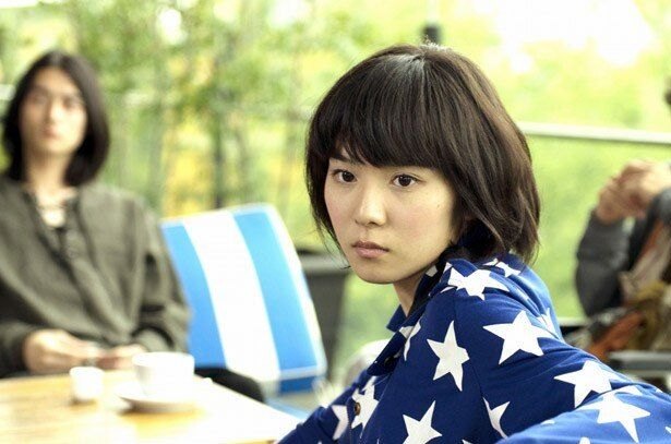 女優業はもちろん、バラエティ番組でも大活躍の松岡茉優
