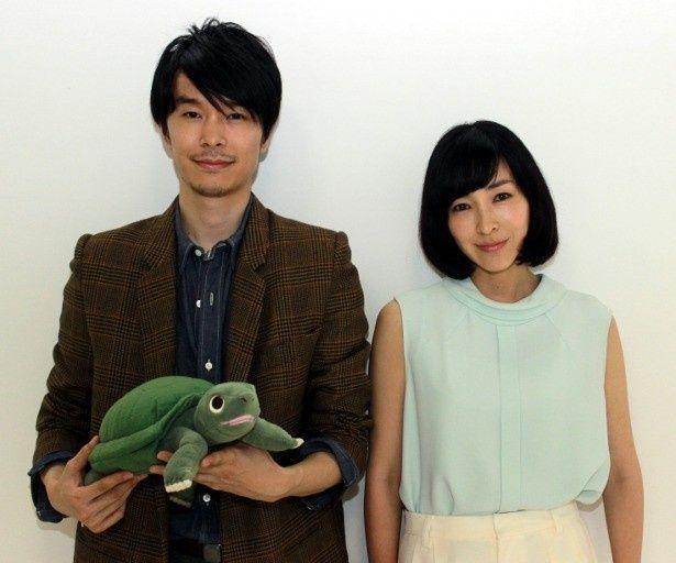 『ラブ&ピース』で共演した長谷川博己と麻生久美子