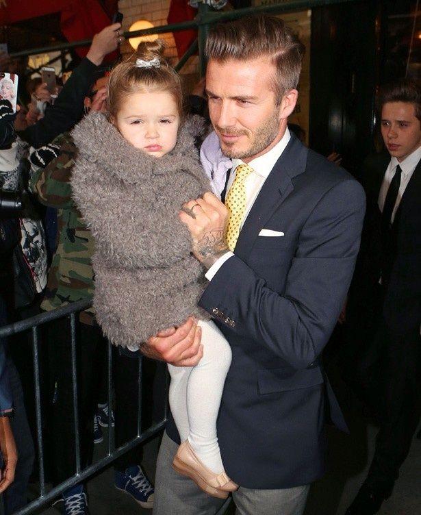 ベッカムと娘のハーパー