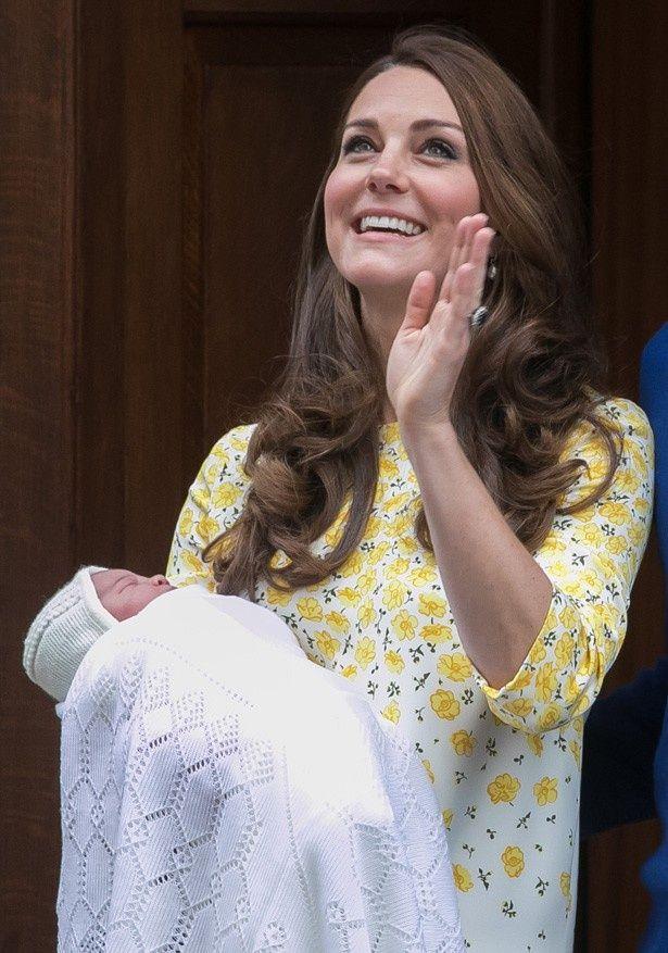 シャーロット王女の洗礼式に注目が集まっている