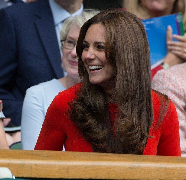 楽しみながらテニスの試合を観戦したキャサリン妃