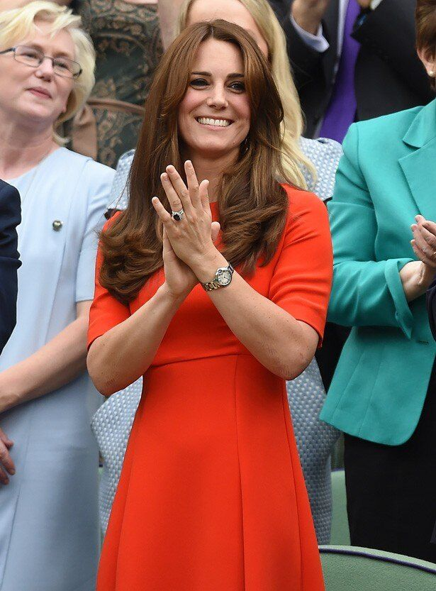 ウィンブルドン観戦時にキャサリン妃の着ていた真っ赤なワンピースが4時間で完売!