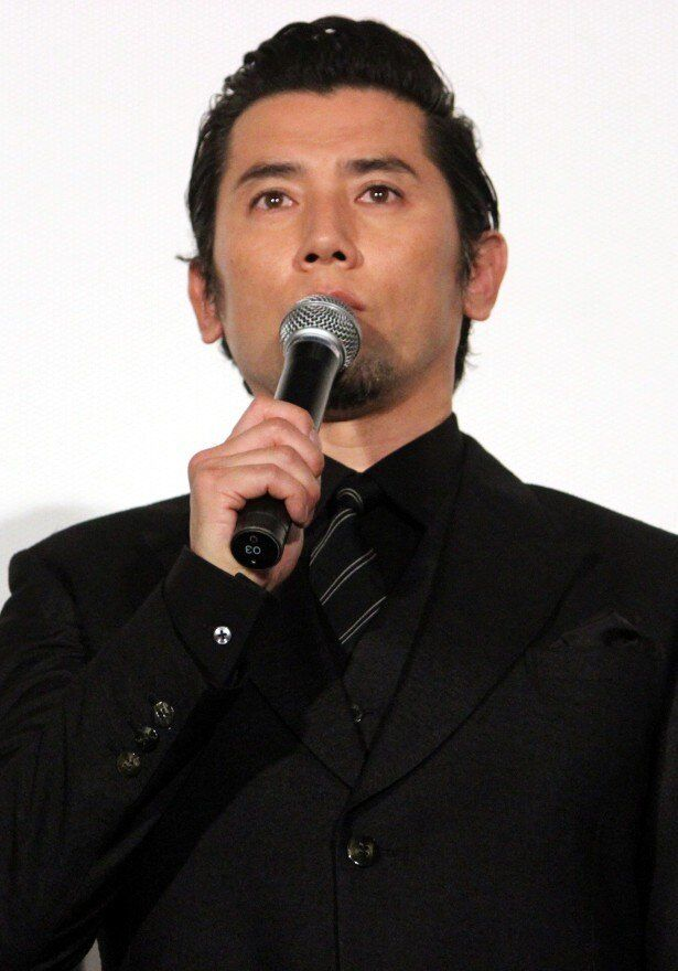 本木雅弘が昭和天皇役にトライ