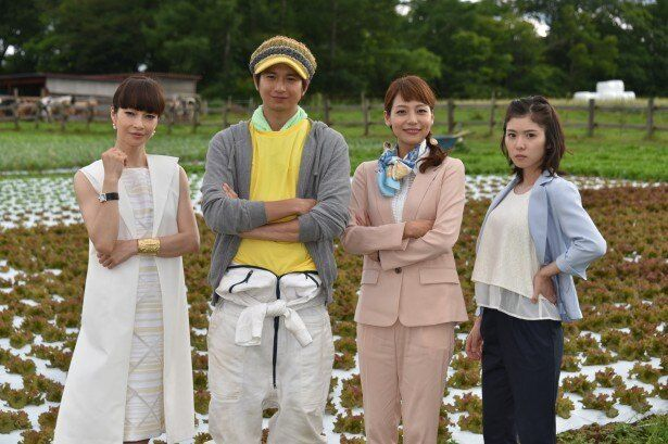 「磁石男2015」に出演する(写真左から)りょう、向井理、相武紗季、松岡茉優