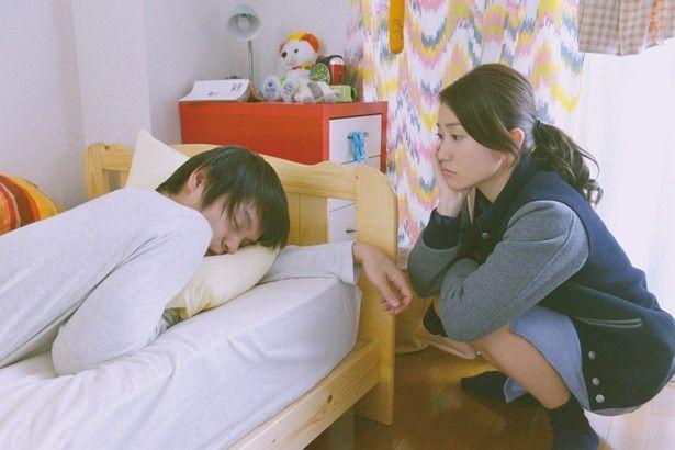 こんなに可愛い寝顔なら許せちゃう?『ロマンス』で窪田正孝がダメンズ役に