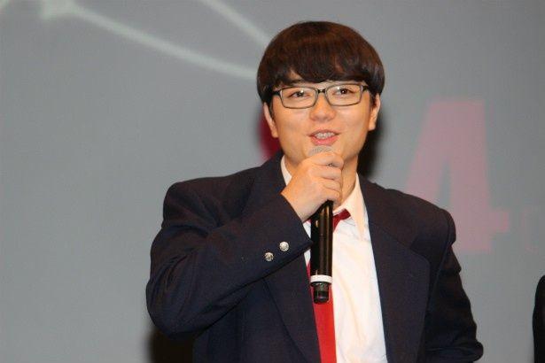 主人公・鴨川嘉郎役の染谷将太