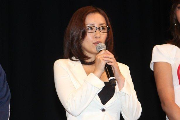 浅見教授の助手・秋山多香子役の神楽坂恵
