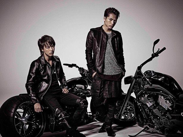 一大プロジェクト『HiGH&LOW』で雨宮兄弟を演じるEXILE TAKAHIRO(写真左)と登坂広臣(写真右)