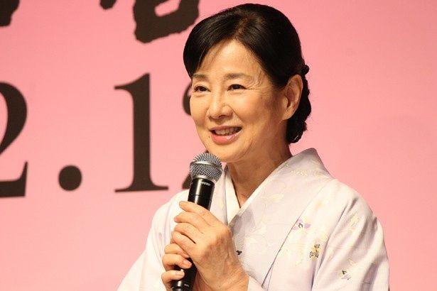 『母と暮せば』のクランクアップ記者会見に登壇した吉永小百合