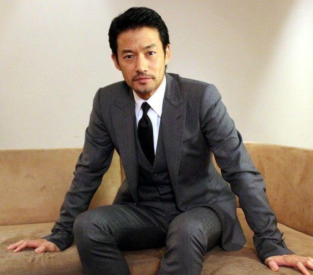 竹野内豊が名優・緒形拳から受け取ったものとは?|最新の映画ニュース ...